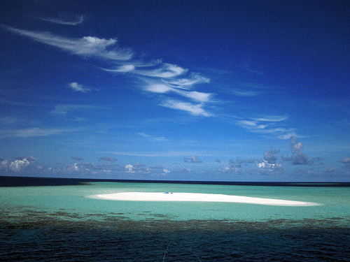 Sandbank in the Maldives - South Male' Atoll (photo: BadrNaseem)