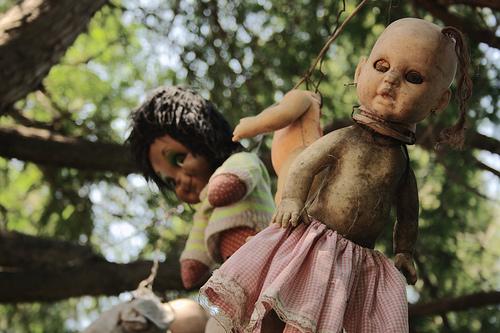 Chinampas, poupées étranges et esprits à Xochimilco