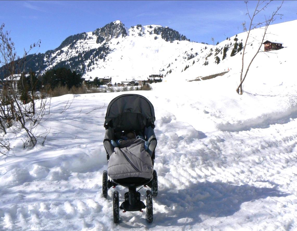 Bébé à Riederalp, 1900 mètres d'altitude - ©Michelle Carrupt