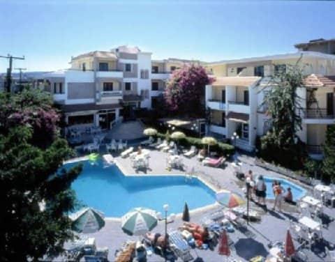 Kassandra Apartments Hotel - cliquez pour réserver