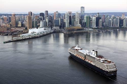 De plus en plus de grandes croisières font escale à Vancouver
