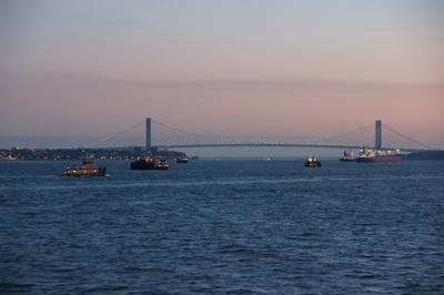 Ein bisschen New York - vom Wasser aus. Foto: Claudia Lambrich (www.wortvoll.ch)