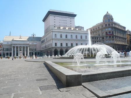 Die Piazza de Ferrari in Genua. Foto: Andrea Schmits