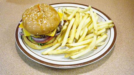 450.dennys.cheeseburger