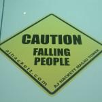 Achtung - fallende Leute!