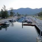 Am Hafen von Tekek